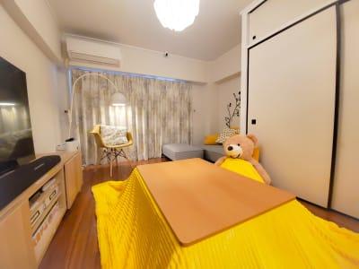 こたつ設置中! - TS00134東新宿 パーティスペースの室内の写真