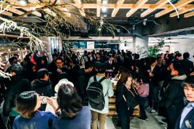 約100名収容イベントの様子 - BPM 貸し切りイベントスペースの室内の写真