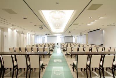 スクール形式 - 品川レンタルスペース、貸し会議室 緊急事態宣言 割引してますの室内の写真