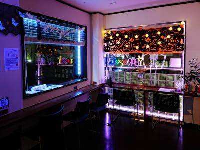 ハロウィン飾り付け - Jomo Wellness レンタルスペースの室内の写真