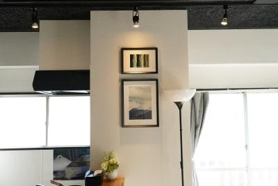 池袋レンタルスペース アイリス池袋5Fの室内の写真