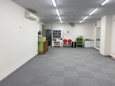換気扇3か所設置 (コロナ対策) - ブルーツリースタジオ レンタルスペースの室内の写真