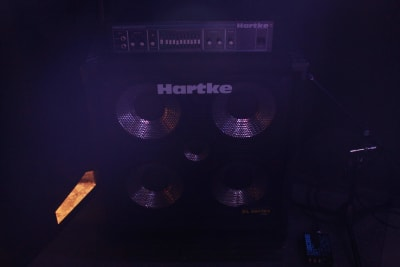 ベースアンプ(Hartke) - ライブハウスEN-LAB.の設備の写真