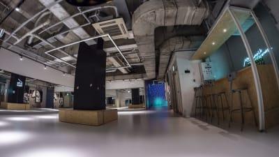 こちらのスペースはシェアスペースです。ご利用者さま同士、譲り合ってご利用ください - StreetDancePark 【7】深夜PARK 20時~の室内の写真