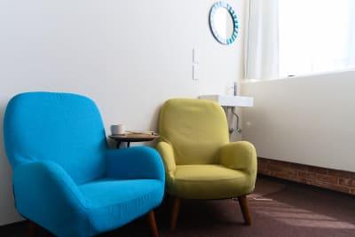 少し疲れたらソファで休憩もできます。 - Feel Osaka Yu 【高速WiFi】パーティールームの室内の写真
