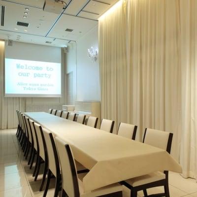 10名様~20名様個室 - 銀座レンタルスペース、貸し会議室 最大250名様(人数に合わせた)の室内の写真