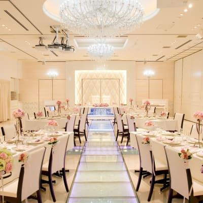 結婚式やパーティ利用にも♪ - 銀座レンタルスペース、貸し会議室 最大250名様(人数に合わせた)の室内の写真