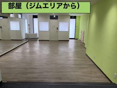 ライフ スタイル クリエイト STUDIO Bの室内の写真