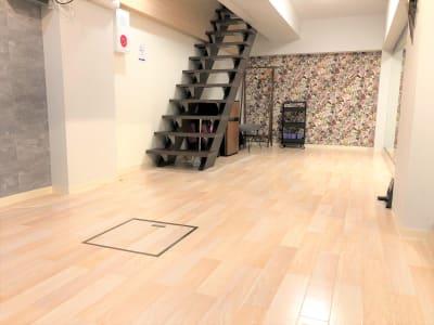 COCODE笹塚 【D号室】ダンスOK!一面鏡張りの室内の写真