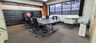 席の並びも変更できます! - 六本木一丁目駅前ビル A会議室の室内の写真
