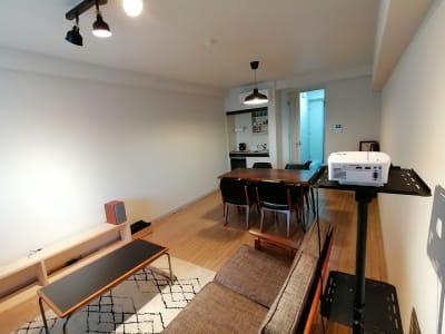 ツノフリレンタルスペース 多目的スペースの室内の写真