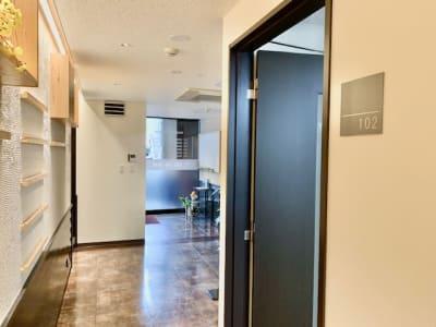 102号室の入口 - 埼玉カンファレンスセンター 【浦和:八千代ビル】102号室の室内の写真