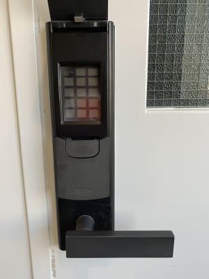 鍵は暗証番号で開きます。当日受付で開け方を聞いてください。 - 貸会議室 AI貸会議室の室内の写真