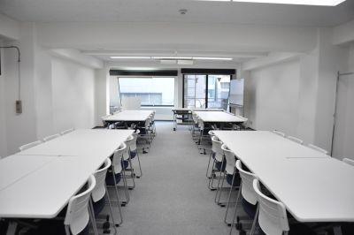NATULUCK五反田西口駅前店 会議室の室内の写真