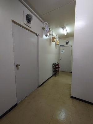 〈フロール天王寺〉 会議室、多目的スペースの入口の写真