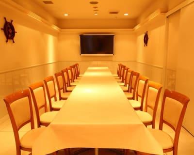 レイアウトはご相談ください - 日本橋レンタルスペース貸し会議室 大学生追いコンサークルなど人気☆の室内の写真