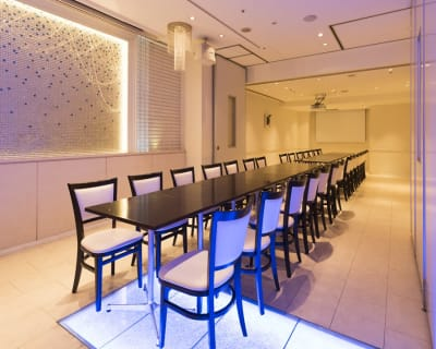 レイアウトはご相談ください - 丸の内レンタルスペース貸し会議室 東京駅丸の内会議室の室内の写真
