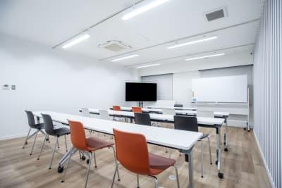 【メイプル】新宿1丁目  レッスンスペース・貸し会議室 Aの室内の写真