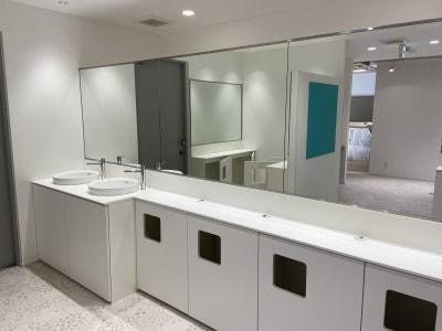 洗面台、鏡 - レンタルフィットネススタジオ レンタルスタジオの設備の写真