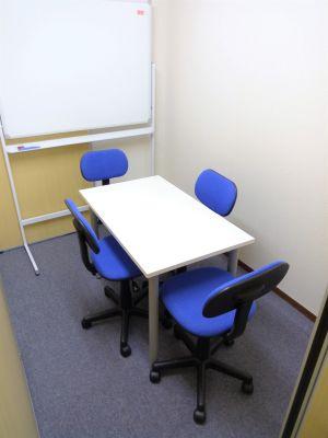インテュイション・スタディブース ブースAの室内の写真