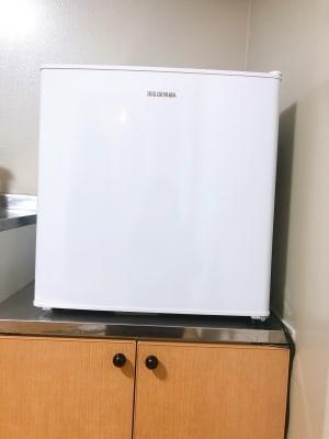 冷蔵庫 - レンタルサロンPeridot. サロンスペースAの設備の写真
