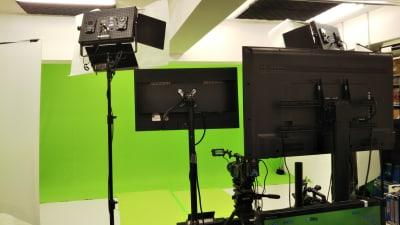 グリーンバック使用撮影風景 - トライアンフ四谷スタジオ レンタルスタジオの室内の写真