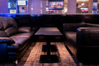Bar B-LUCK BERRY 各種イベント会場の室内の写真