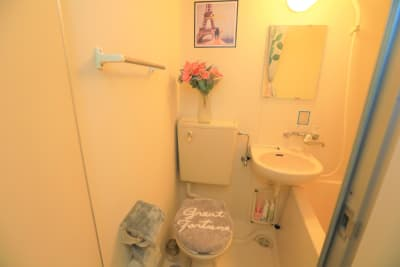トイレもめっちゃ可愛い✨ - ココリアCute横浜 とっても可愛いプライベート空間の室内の写真