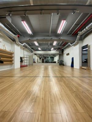 フロアー総面積は60 ㎡ - MON基地ベース フリースペース 貸しスタジオの室内の写真