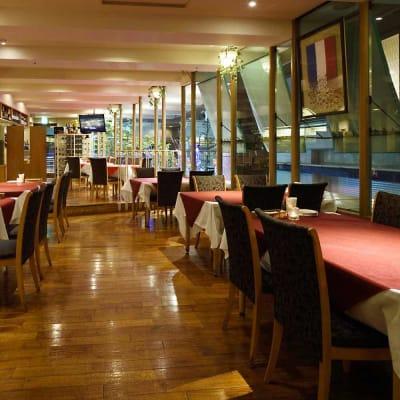 レストランchez MACIO 貸切フロアの室内の写真