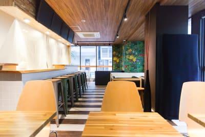 明るく広い、快適なイベントスペース。 - Feel Osaka Yu 豪華イベント・パーティースペースの室内の写真