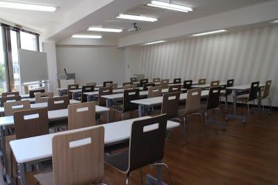 新宿・渋谷・代々木エリア 激安会議室 - ONE DAY OFFICE TOKYO 3階貸会議室 コロナ対策の室内の写真