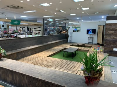 アピタ松任店 エックスモバイル白山店の室内の写真