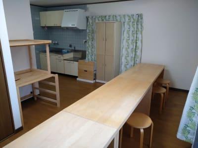 Reborn キッチンスペースLの室内の写真