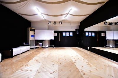 入り口正面 - ラビートスタジオ 天神駅4分多目的スタジオの室内の写真