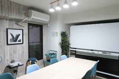 《VILLENT神戸元町》の室内の写真