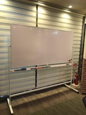 ホワイトボード   - 恵比寿カルフール ギャラリールームの設備の写真