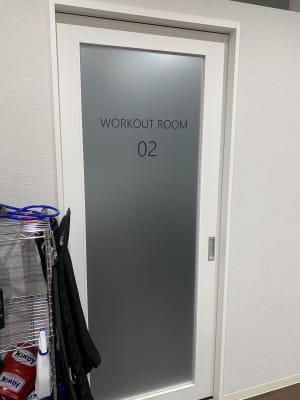 レンタルスペース入り口 - ビオスさいたま新都心店 トレーニングルームの入口の写真
