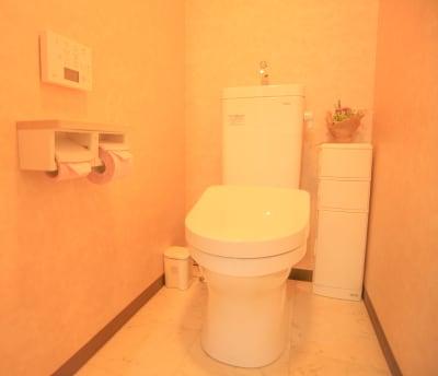 トイレは清潔なウォッシュレットです - Chikusa Premium Goen Premiumの室内の写真