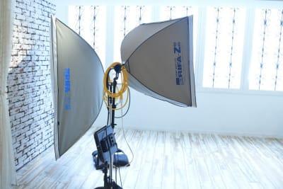 照明器具のレンタルも可能です - 浅草橋ロゼスタジオの設備の写真