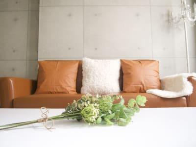 大きいソファーでゆったり鑑賞会🎞 - Latteなんば🧸 🧸ラテなんば🧸の室内の写真