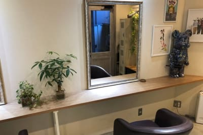 Fable Hairstudio 一面貸しプランの室内の写真