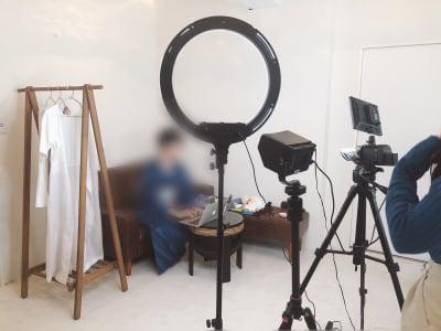 動画撮影としてもご利用頂いてます。 - 地域No1価格!無料サービス充実 エステ・セミナースペースの室内の写真