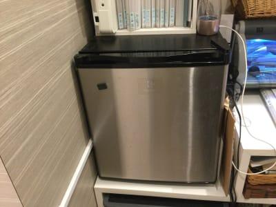 冷蔵庫 - レンタルサロン LULU レンタルサロンの設備の写真