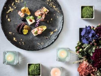 美しい料理でひとときを彩りませんか - KKR HOTEL HAKATA 上質な多目的空間【はくちょう】の設備の写真