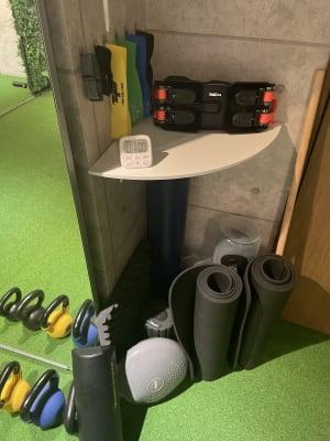 cestlavie代官山 トレーニングルームの設備の写真