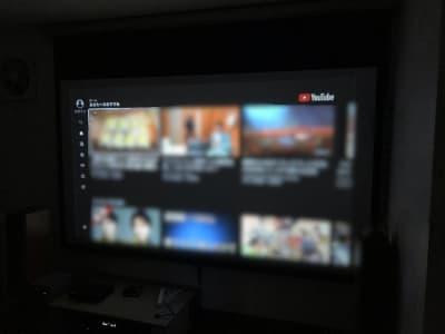 Amazon fireTV も繋がっています📺 TVerやYouTubeが見られますよ🌈 (有料コンテンツはお客様のIDでログインです) - レンタルームふじみ野 音楽♪🆗 映画会、誕生日会等✨の室内の写真