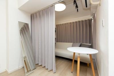 着替えスペース👔 - TS00169代々木 マルチメディアスペースの室内の写真