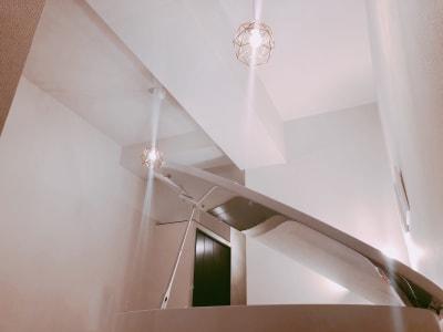 天井は3m以上あります。 - ピアノスタジオコローレ レンタルピアノスタジオの室内の写真