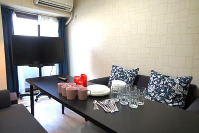 【811Place大阪本町】 多目的スペースの室内の写真